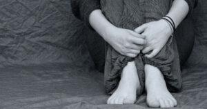 violenza stalking su minori